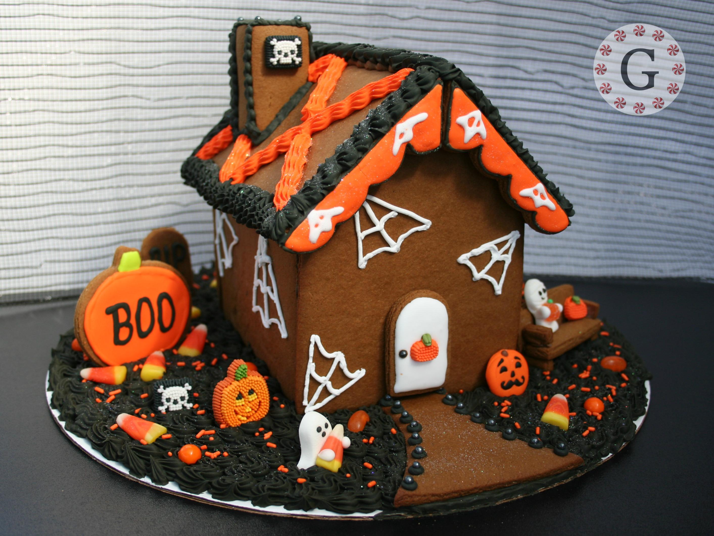 Halloween houses halloween decorations home - Halloween Gingerbread House Gingerbread House Lane