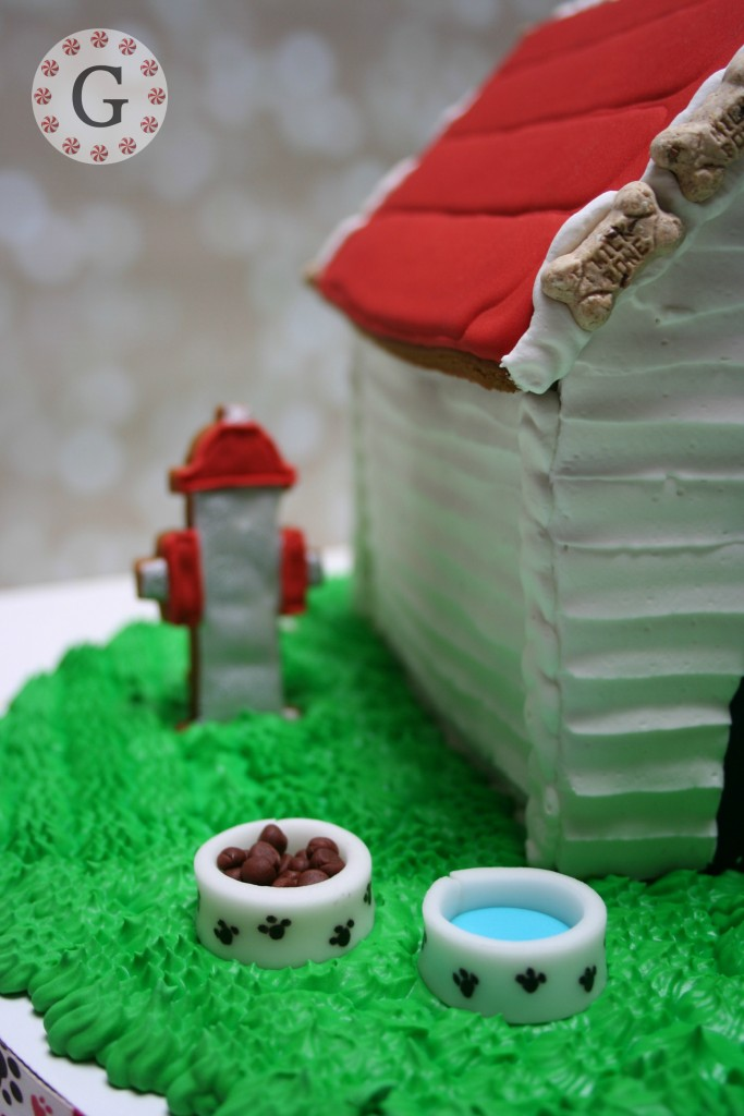 GingerbreadDogHouse11