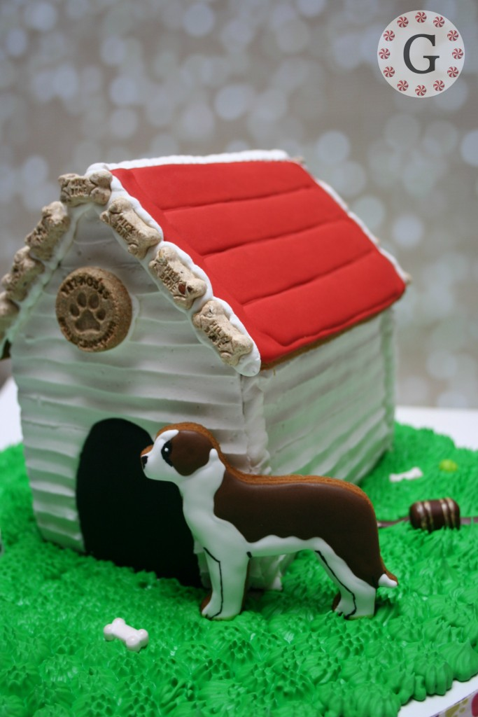 GingerbreadDogHouse12