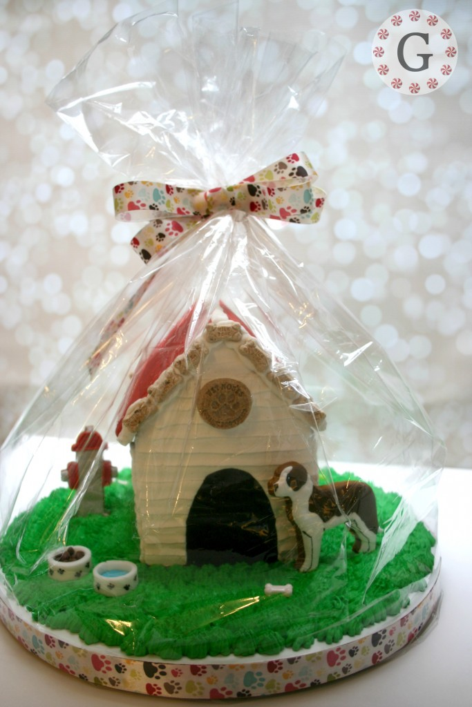 GingerbreadDogHouse13